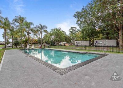 shoalhaven-caravan-village-swimming-pool